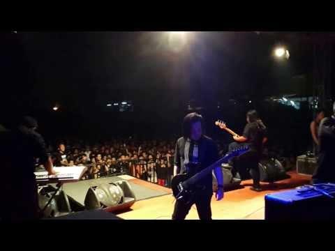 "Children Of Gaza live at ""Tangerang Extreme Fest 2013"""