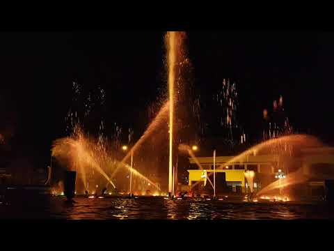 Dancing Water Fountain - Bad Romance (Lady Gaga)