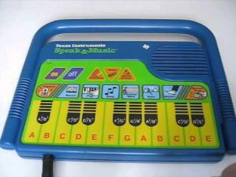 1985 TEXAS INSTRUMENTS Speak & Music Toy Keyboard SFX Maker