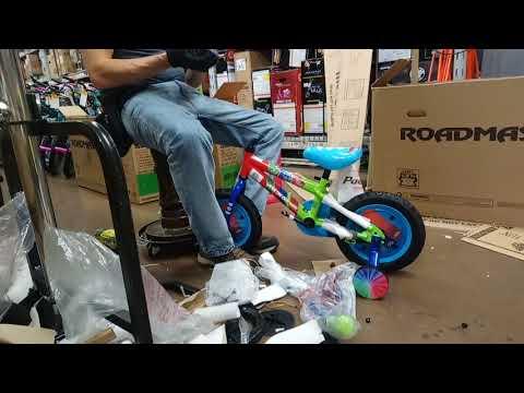 1df8ed58d2c PJ Masks Kids BikeNickelodeon's PJ Masks Blue 12 inch kids bike. Buy Now On  Amazon