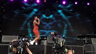4 - Backseat & Shea Butter Baby - Ari Lennox (Live @ Dreamville Festival 2019 - Raleigh, NC)