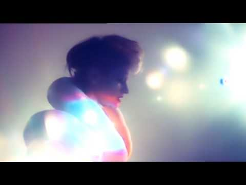 Peaches - 'I Feel Cream'