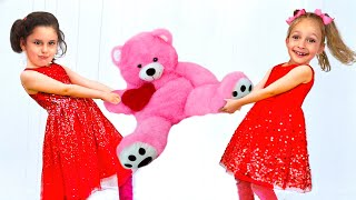 Kids Song - Me me me + More Songs for Kids by Maya and Mary