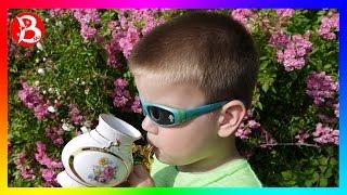 MISTER BOY прогулка по г. Трускавец бювет минеральных вод пьем воду