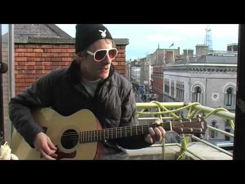 DEER TICK - SMITH HILL (acoustic) (BalconyTV)