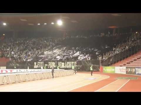 Grasshopper Club Zürich with a catchy song and insane pyro!