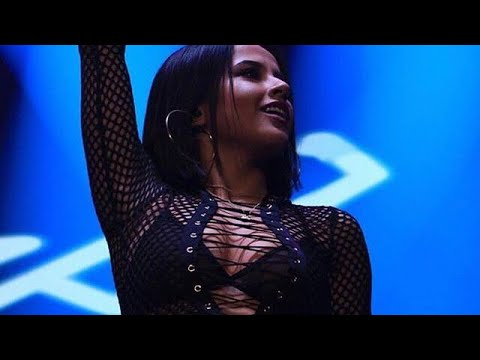 Becky G - Mayores Live @ Moviestar Arena Santiago Chile
