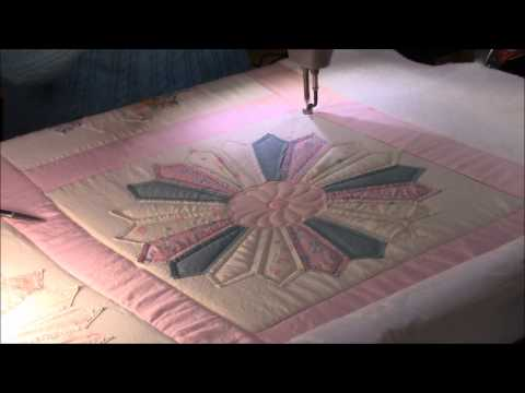 Quilting the Dresden Plate Quilt