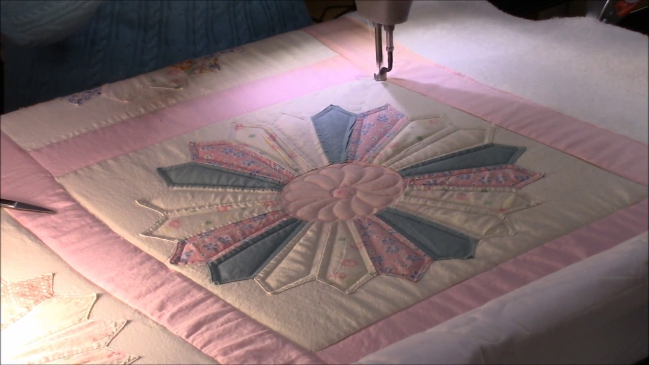 Quilting The Dresden Plate Quilt Youtube