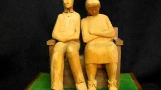 Couple On A Bench Automaton