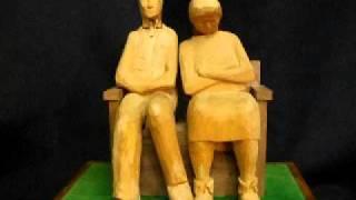 Couple On A Bench Automaton