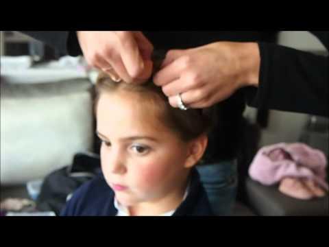 Mums In Paris Coiffure Enfant Couronne De Tresse Youtube
