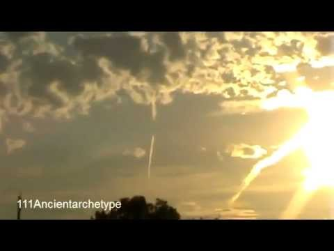 SOUND of HAARP WEAPON IN ACTION !!!  SCARY Lights & Noise!!