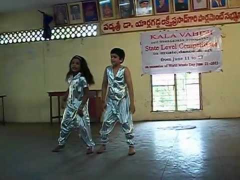 ISHQ song-chinnadana neekosam.........@YASMIN 2012