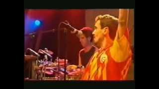 Manu Chao HAMBURGER FIELDS & Merry Blues Glastonbury 2002