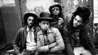 Watch Aswad Sons Of Criminals video