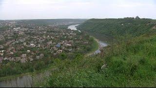 Село на скале и без колодцев - впечатляющие реалии буковинского Крещатика