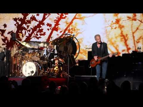 Fleetwood Mac - Say You Love Me (Melbourne, 02.11.2015)