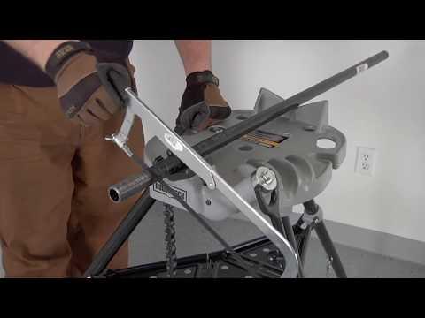 Roughneck Tri-Stand Chain Vise