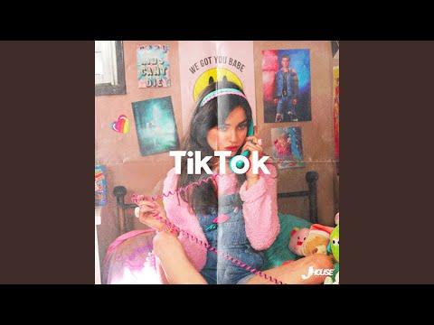 TikTok (feat. Crxss)