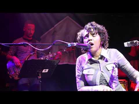 Carleen Anderson - Begin Again \\ Jazz Standard Sessions