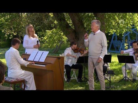 Sven-Bertil Taube - Himlen Runt Hörnet (Live