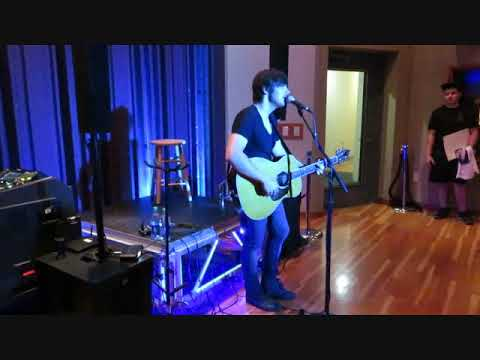 Cut Your Groove (Charlie Worsham) live at Warner Music Studio Nashville 061018