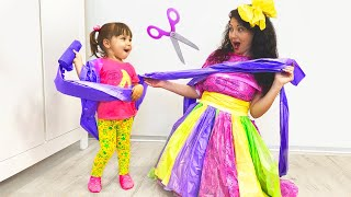 Happy Diana makes NEW Dresses for Mom DYI