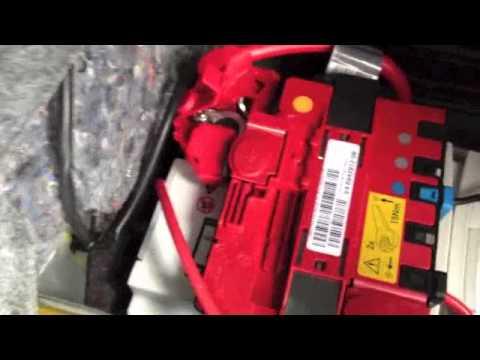 Bmw E92 E90 E93 Car Battery Replacement