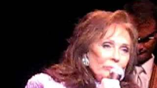 Loretta Lynn - Blue Kentucky Girl