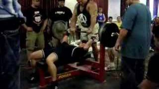 440lb bench press at 177lbs