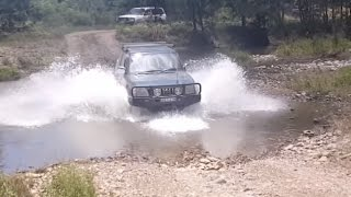 Turon river bed crossing 4x4 4WD off roading Prado 90 Landcruiser 80 105 Test Drive