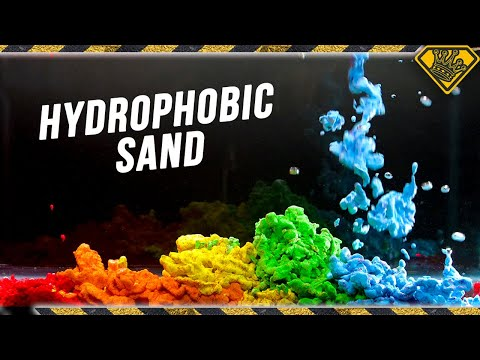 Magic Sand NEVER GETS WET!