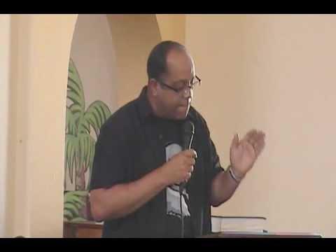 Lic Lester Caleb Santiago MLK Mesa de Dialogo