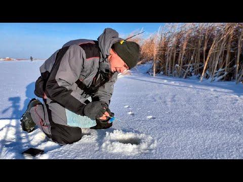 Первый лёд - долгожданный и морозный! Зимняя рыбалка. Ловля окуня.