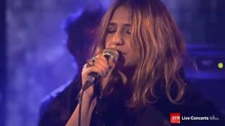 Izia @ Studio SFR Concert ? 2012