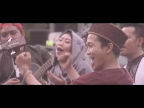 Serempet Gudal 'Happy Ramadhan' (Official Video Clip)