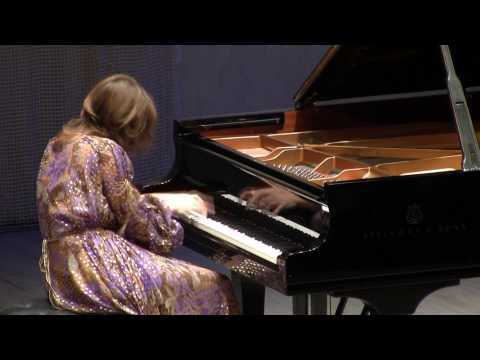 Polina Osetinskaya plays Ravel - Le Tombeau de Couperin 3 + speech.mpg