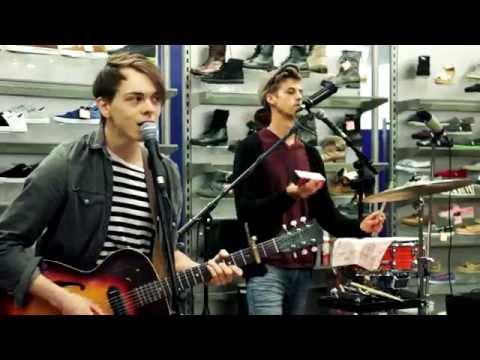 Cardinals - I've Just Seen A Face (The Beatles) Live at Arlies Pen Centre