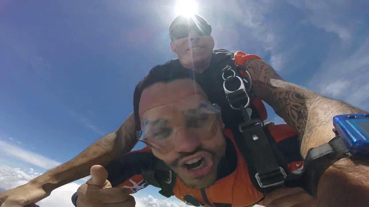 Salto de Paraquedas do Anderson na Queda Livre Paraquedismo 08 01 2017