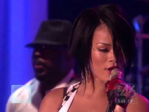 Rihanna - Shut Up and Drive (Live @Ellen 13- 09- 2007)