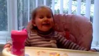 Lily Lovett does Nessa with Aunty Moon!