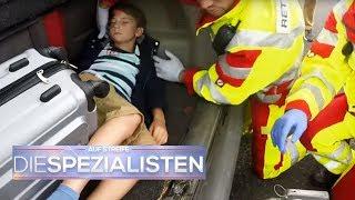 Familie verunglückt mit Kind im Kofferraum | Auf Streife - Die Spezialisten | SAT.1 TV