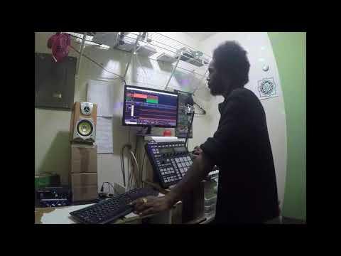 BEAT MAKING TUTORIAL | MUSIC PRODUCTION TRAP BEAT in STUDIO ONE - Average Man Wesss thumbnail