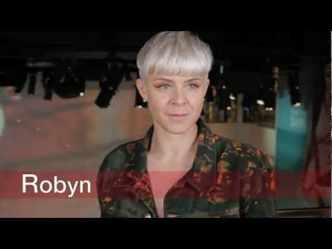 Robyn at H & M - interview and performance 2011