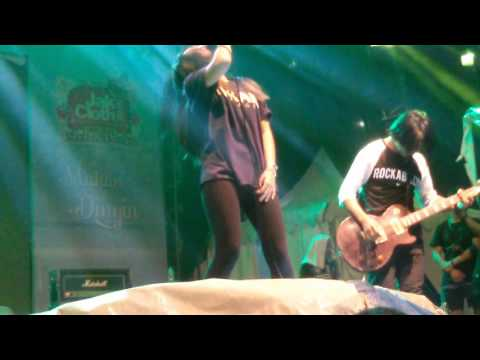 KILLING ME INSIDE - The Tormented (live at JakCloth 30 Desember 2015)