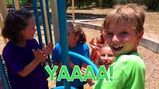 Learn English Words! Playground Opposites with Sign Post Kids! In!