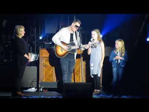 """Matthew West sings with his daughters, Lulu and Delaney - """"Becoming Me"""""""