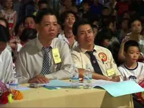 Đoàn Lân Phù Đổng Q.6 tham dự liên hoan LSR Quận 6-2005 P.2.mpg