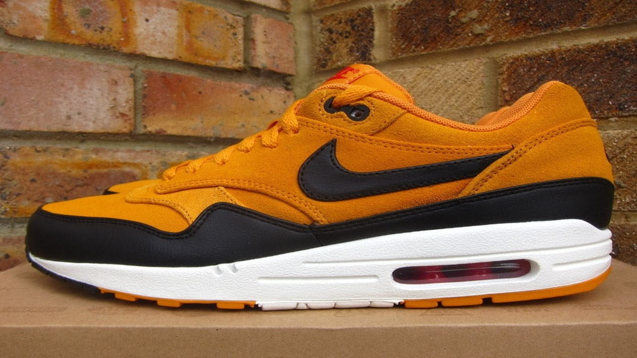 classic fit 18fe5 0f40a Review  Nike Air Max 1 Premium Canyon Gold (2012)